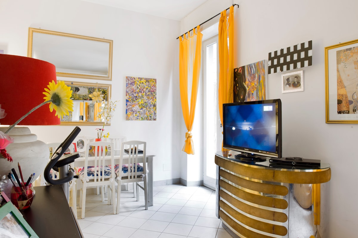 LUXURY ROOM ABSOLUTE CENTRAL MILAN!
