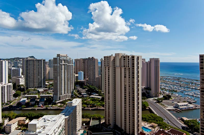 32nd Floor Beaches/Shopping/Dining!