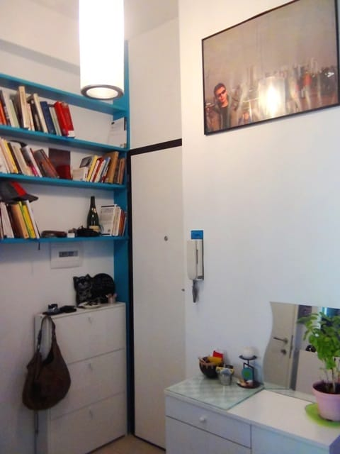 Rome1bedroomStylishApt+patio+parkng
