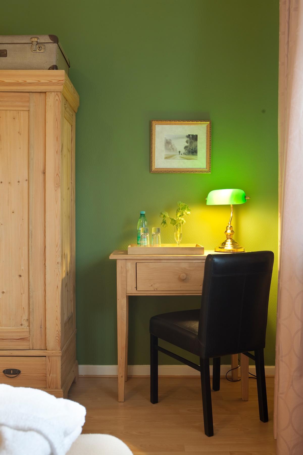 Zimmer 2, das grüne Zimmer
