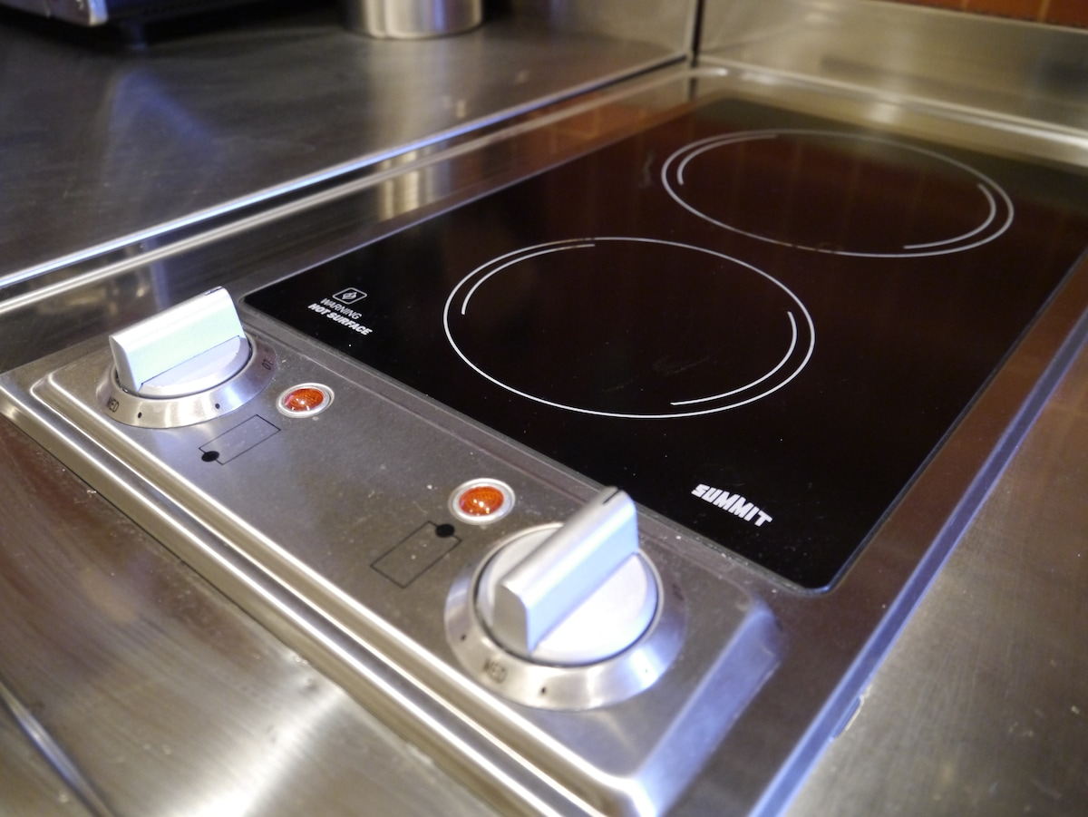 2-burner electric range-top