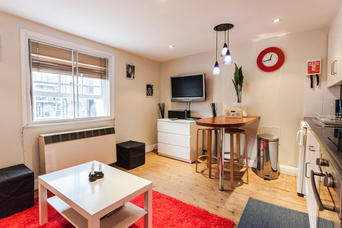 Living room, open-plan kitchen/diner