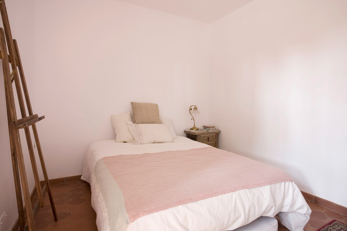 Cosy Rooms to rent in Costa Brava
