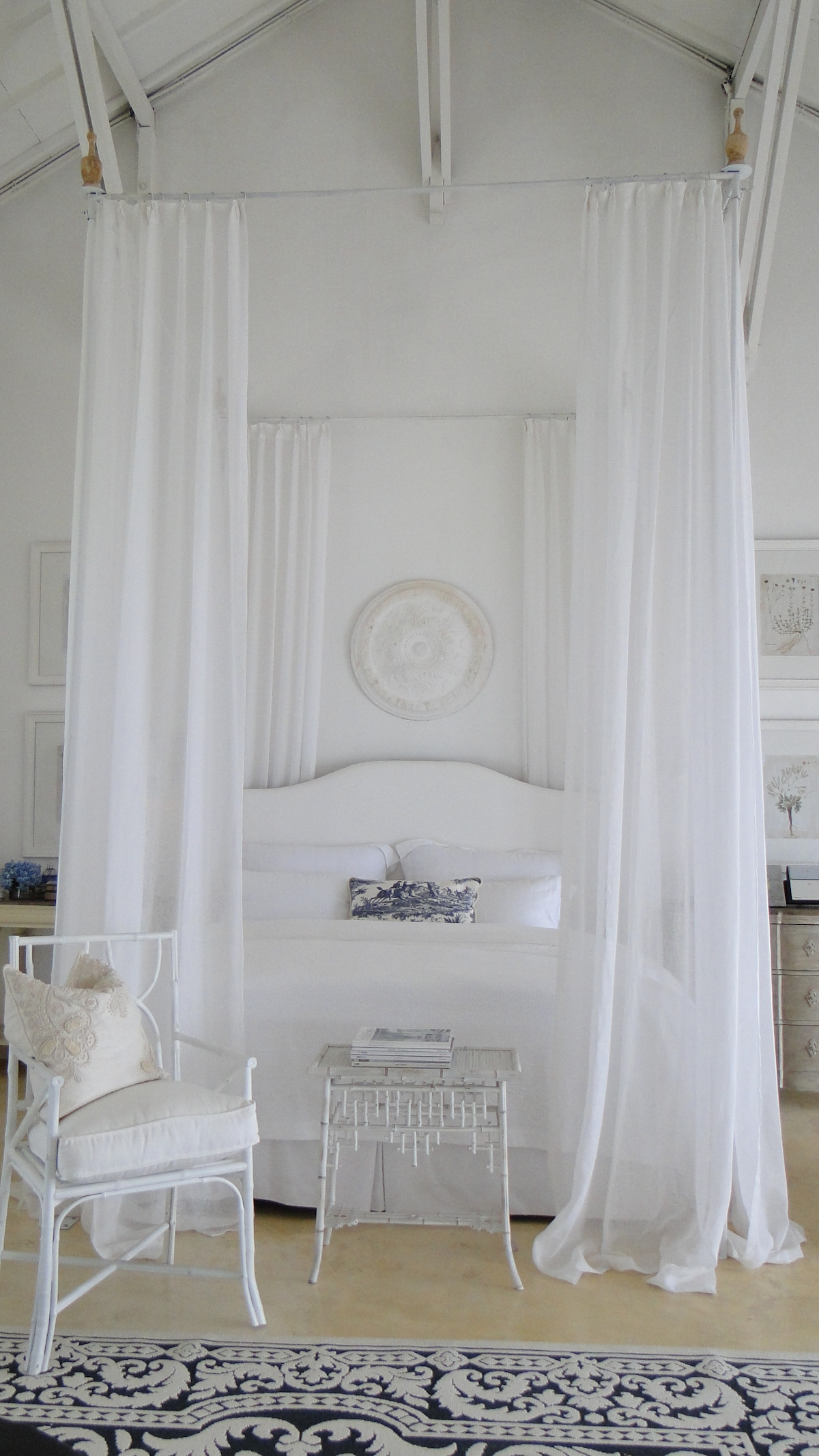 Blue and white room special request