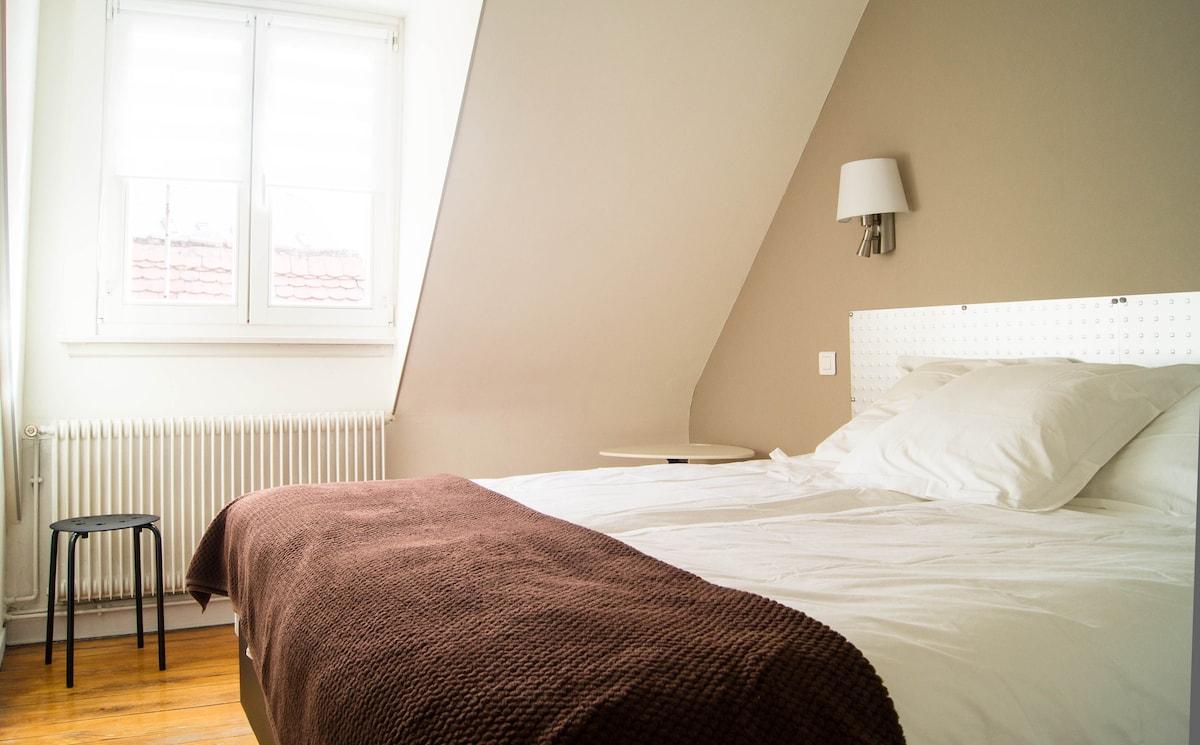 """Appartement """"Cinétique""""  beau 4pcs"""