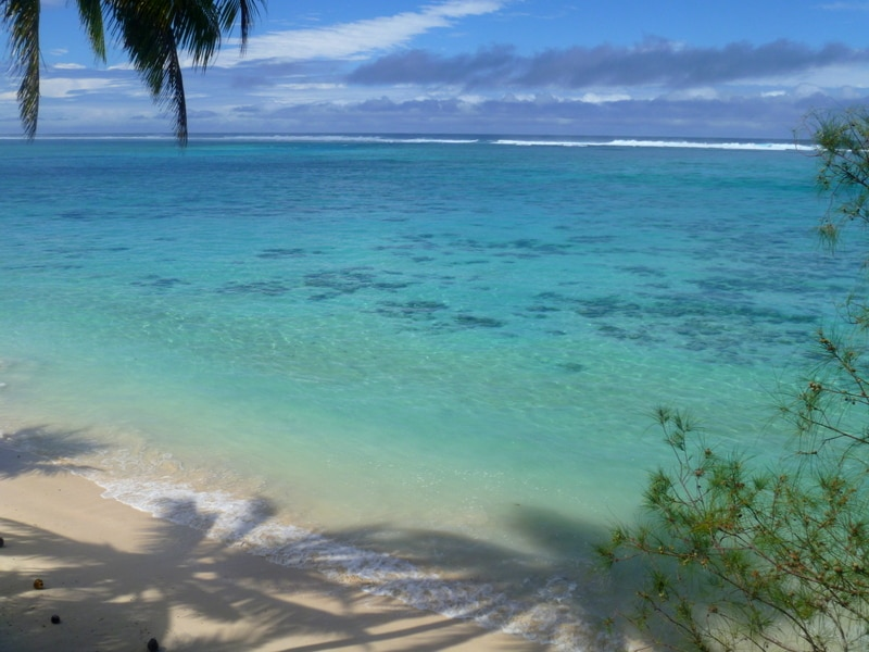 This photo is taken from our deck, you can see Avaavaroa Passage from here.