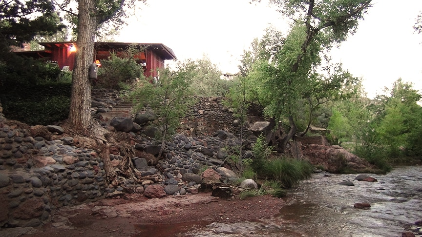 Chap's Enchanted Cozy Creek Cottage