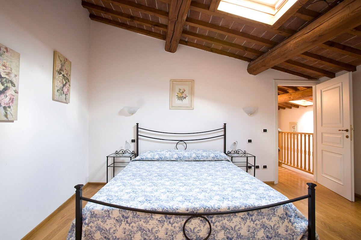 Florence the Cellini Apartment