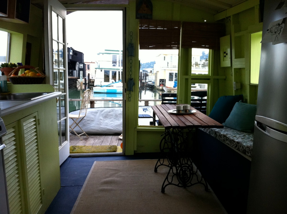 Floating Houseboat in Sausalito