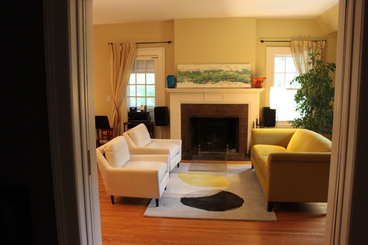 Elegant 15 room house 14m to NYC