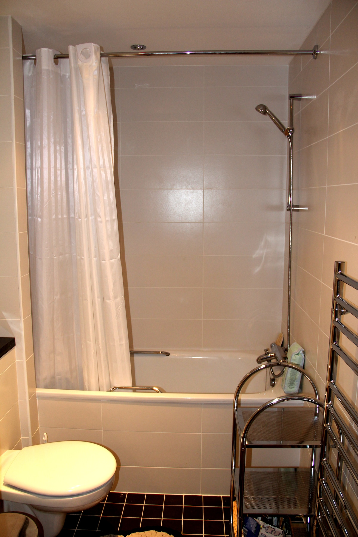 Guest Bathroom - it is not inside the room but very close, just beside ;)