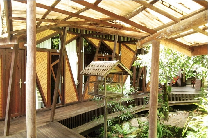 3 Standard Rooms available with sleeping loft, 1 room with private bathroom, 2 rooms with shared bathroom next to the pool