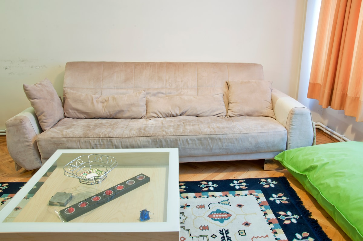 ROOM IN BOSTANCI - VERY CENTRAL