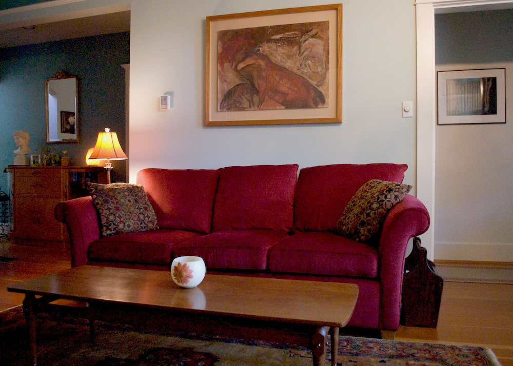 Commercial Drive B&B