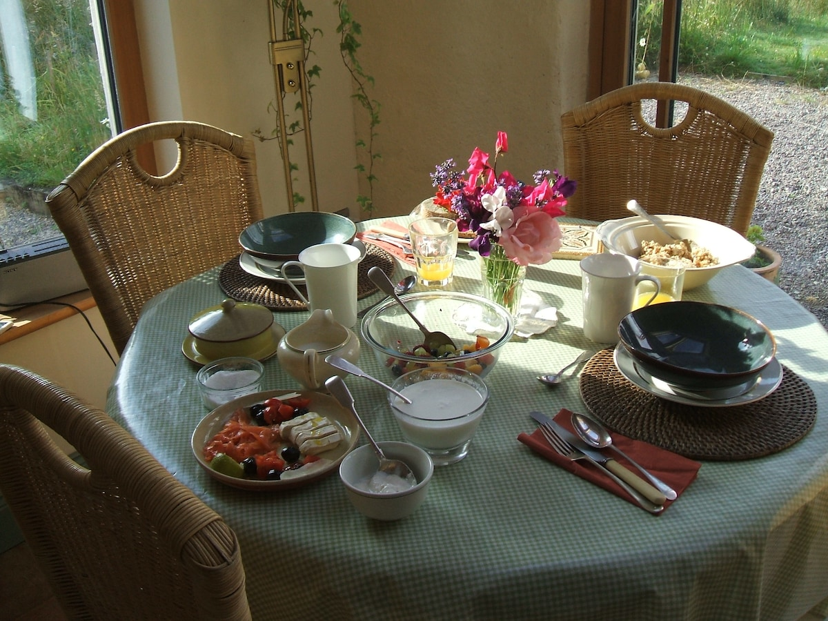 Eco Lodge Breakfast -  artisan produce, meusli, fruit, salmon, cheeses organic, fresh, local breakfasts