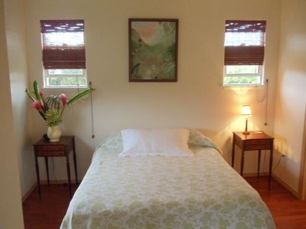 Bedroom w Queensize Bed