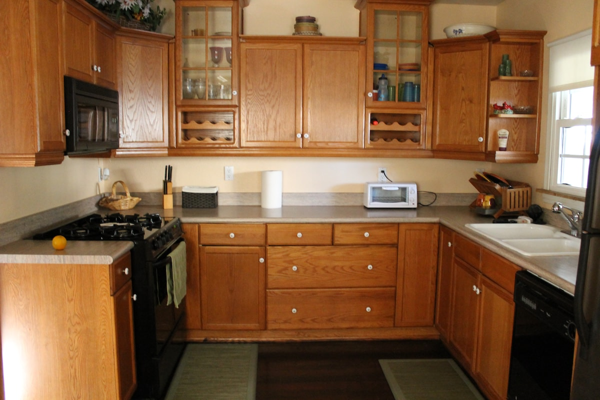 Tons of room to move around and cooking space.  Lots of cabinet space as well.