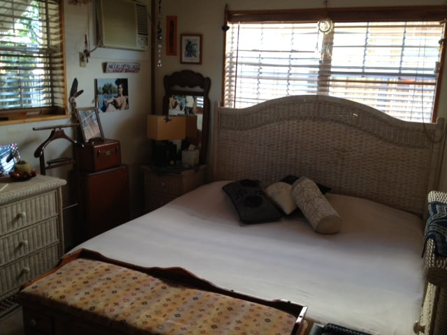 Very comfortable king size bed with 2 larges windows