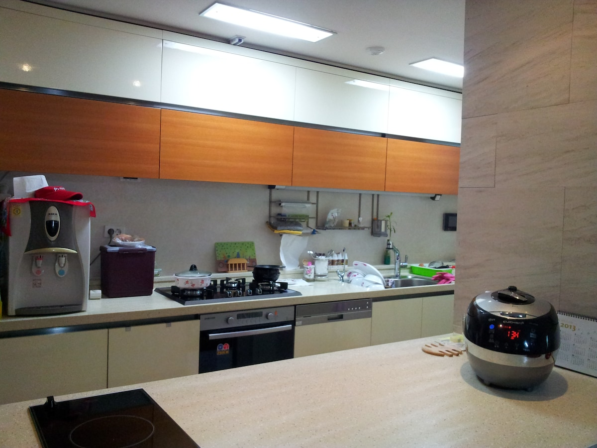#5-1Family ondol room(comfort&cozy)