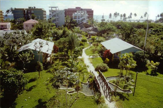 Plaza Real 50 meters from the beach