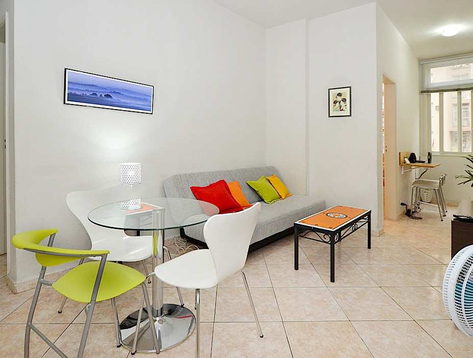 Another wide view of the living/dining, showing the wi-fi station -