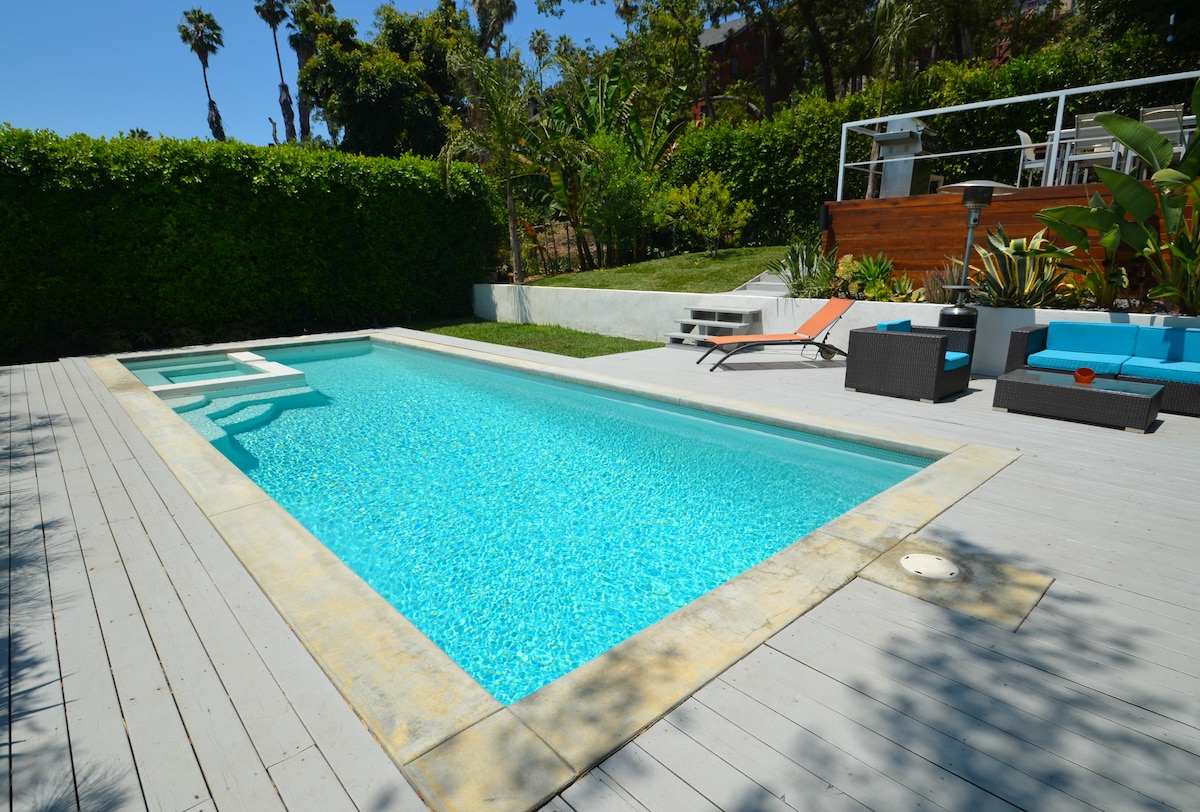 Solar heated Lap Pool, Jacuzzi and deck area