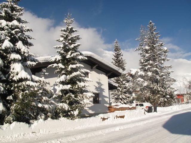Happy Mountains Alpine Apartment 2
