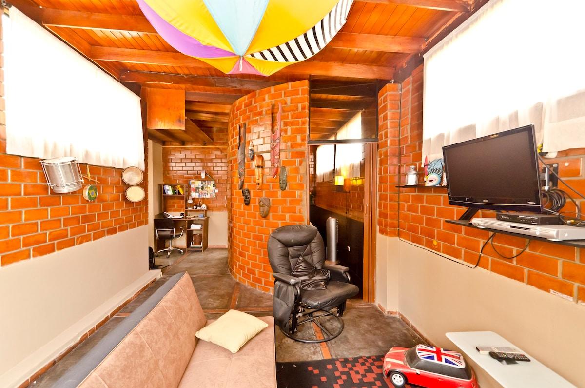 Mini Apartment Near Everything