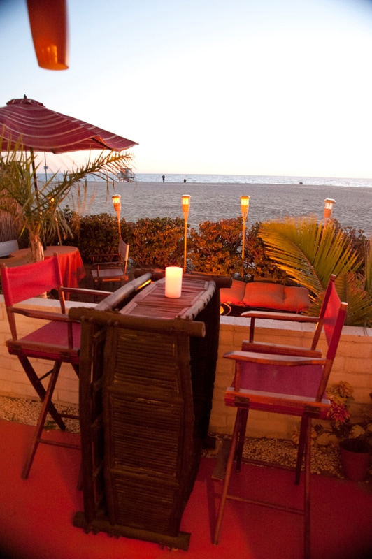Covered dining area on the beachfront. Great for a sunset glass of wine.....