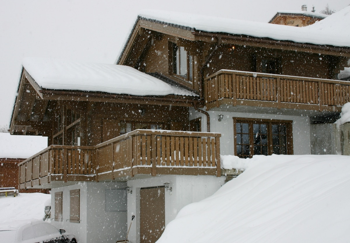 Chalet Ziggy - Swiss Alpine luxury