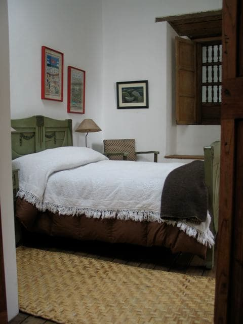 Comfy restored room in Old Quito