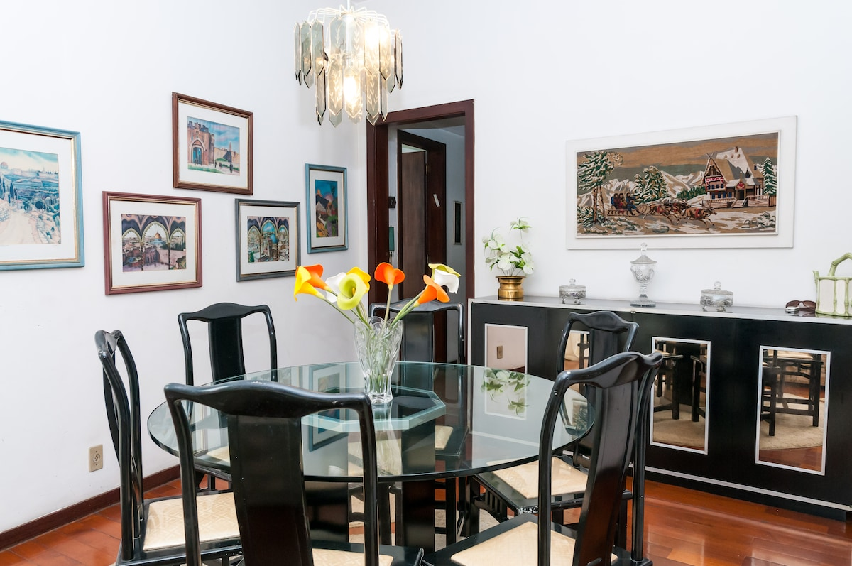 dinner room also available for the guests!