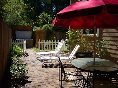 Relax outside!  Outdoor dining, BBQ grill