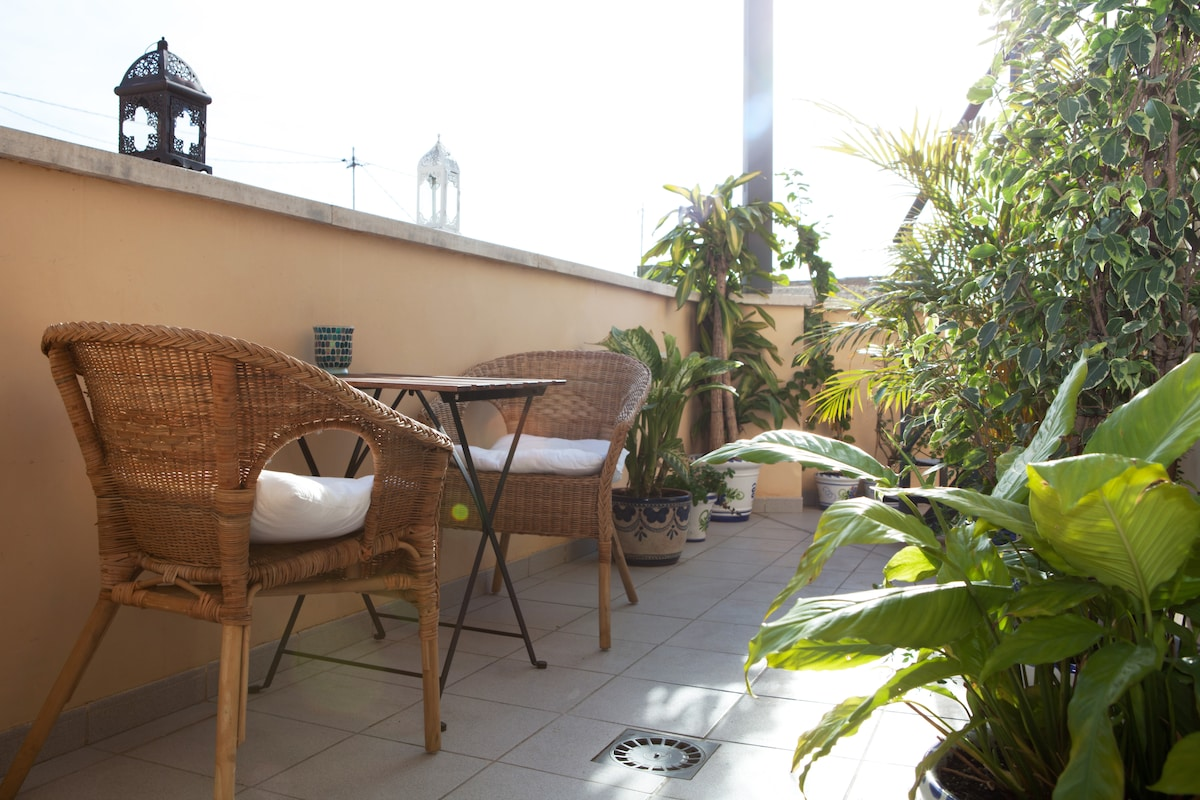 1 Bed Apartment with 2 Terraces