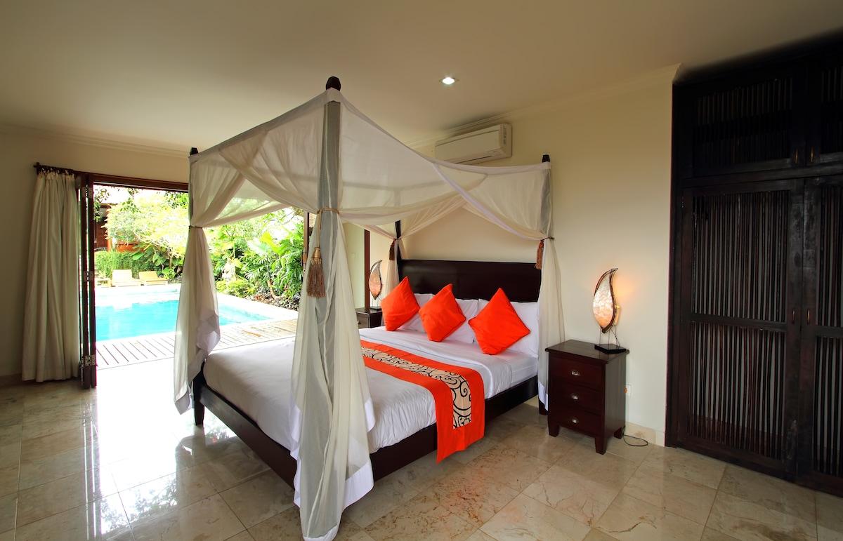 Bedroom - Poolside room