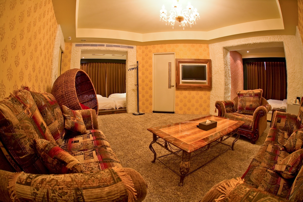 Large Family VIP Suite in Hualien