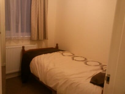Two single rooms for rent in Girton