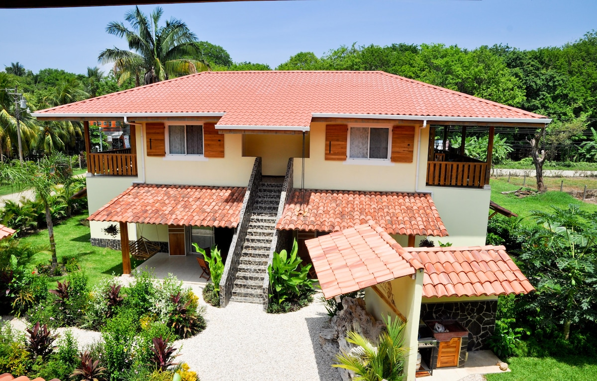 Costa Riki Apartments, SANTA TERESA