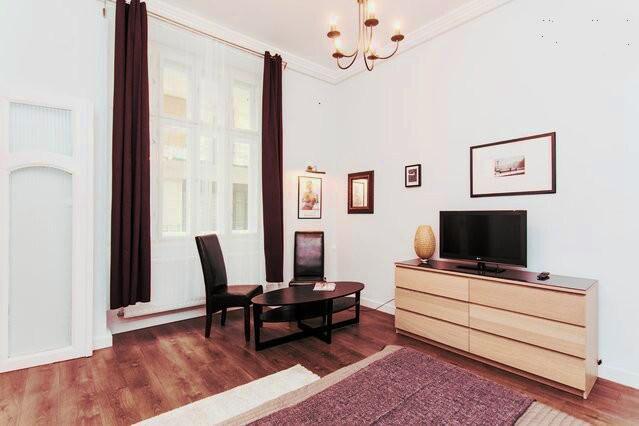 Bedroom/Livingroom