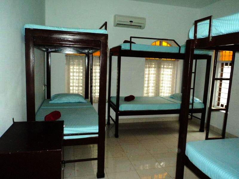 Dorm Bed-Vedanta Wake up!Fort kochi