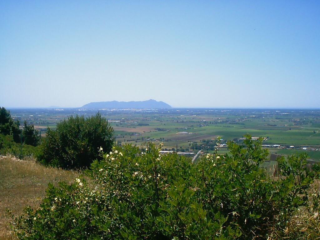 Il panorama sul Monte Circeo e le Isole Pontine dal patio