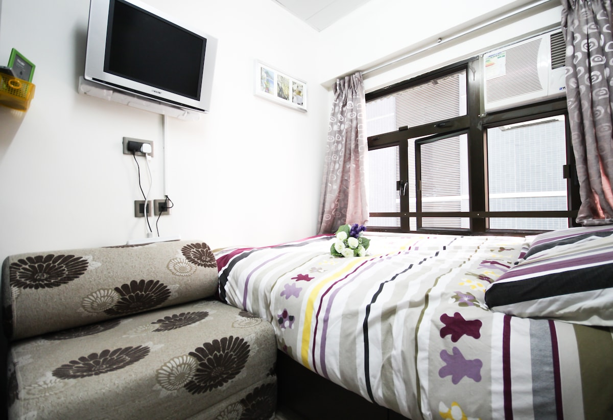 Tidy Room(3 Persons)in Wanchai MTR