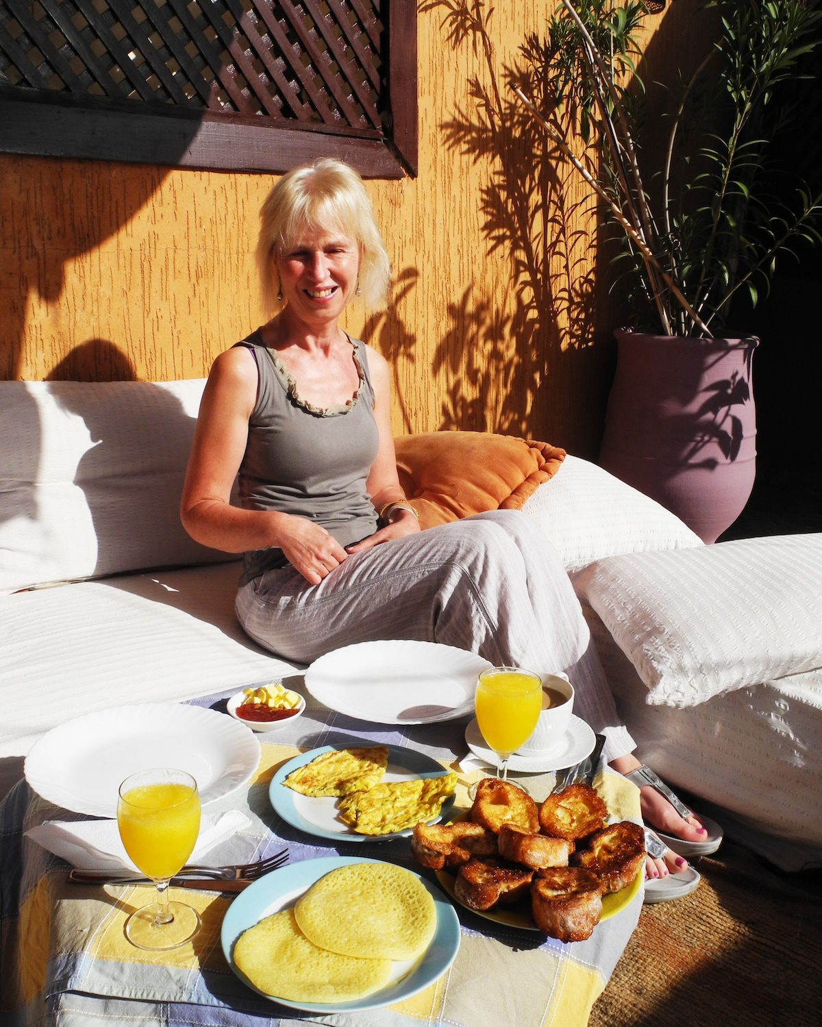 enjoy a wonderful breakfast on our sunny roof terrace