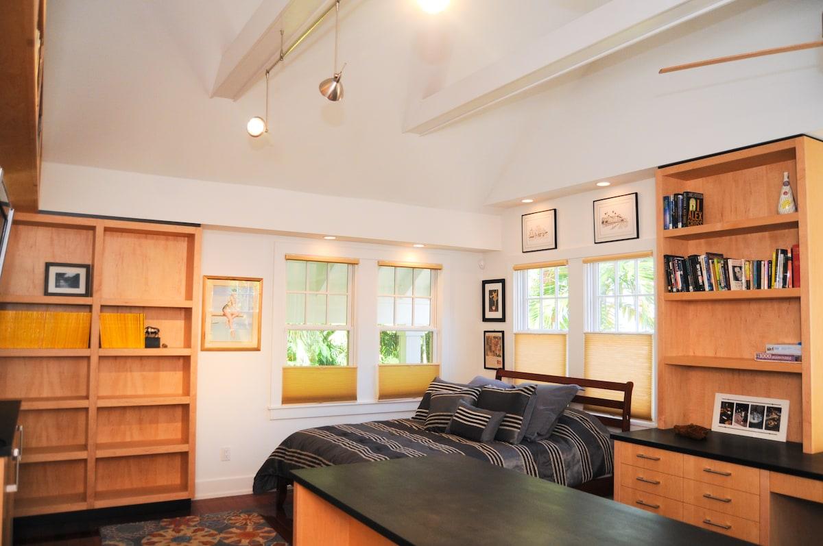 Luxury studio in a jungle