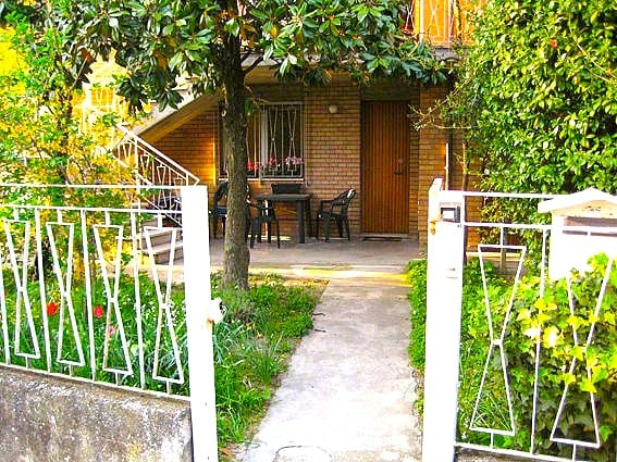 RAVENNA cozy Villa with garden