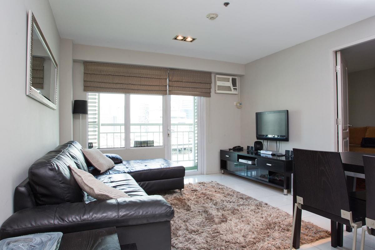 Serendra 2 - 2 bedroom loft unit