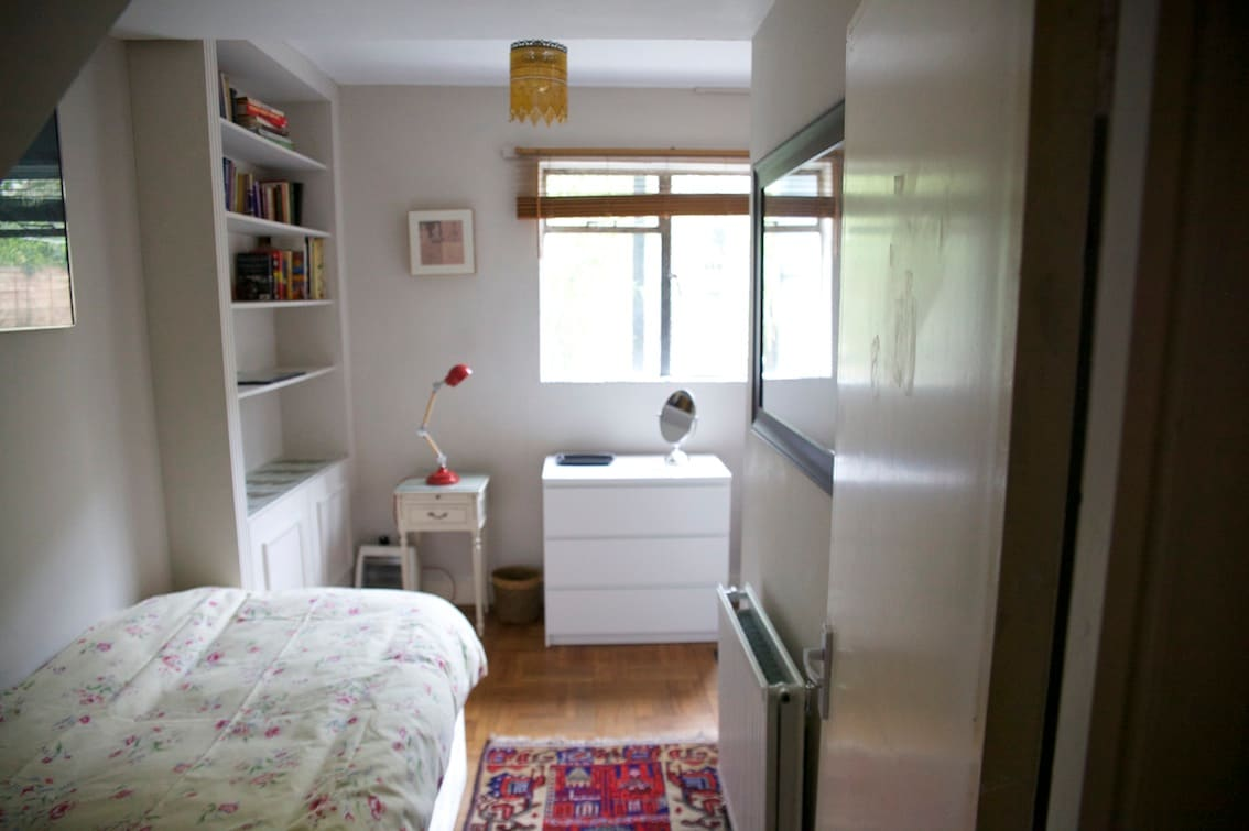 Single room with own access to garden
