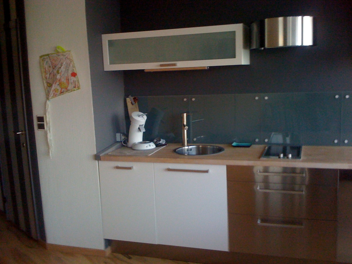 The small but handsome kitchen