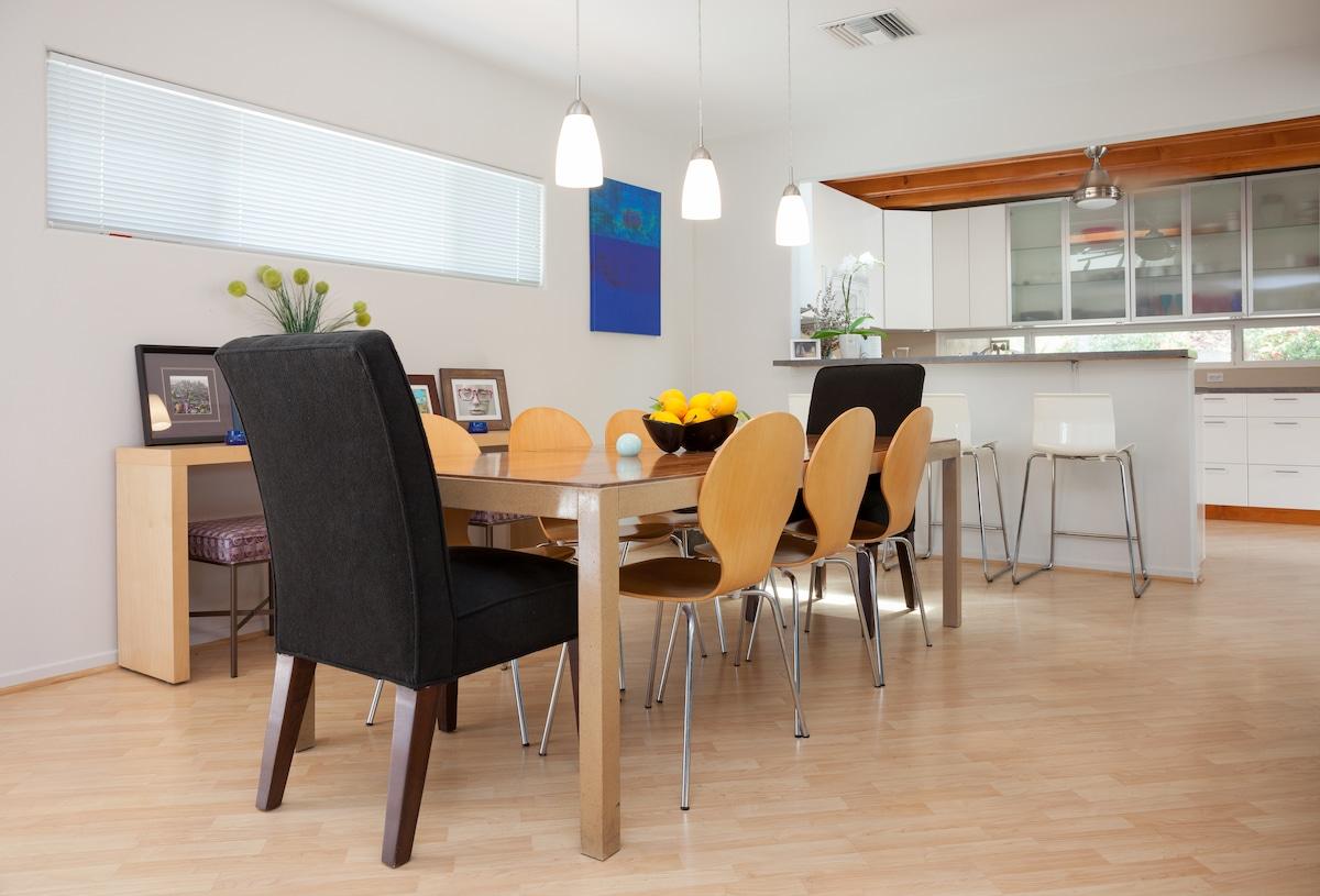 The open concept dining area faces the million dollar mountain views.
