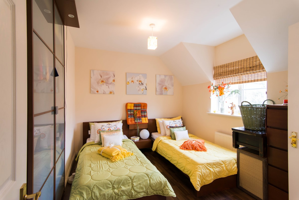 Welcome to your double w/ ensuite room!